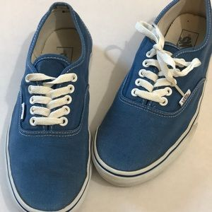 """Vans 8.5 """"Off the Wall"""" canvases skate shoes"""